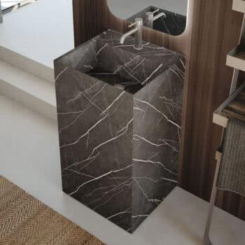 Hastings Tile Bath - Urban Kant Pedestal in HPL Pulpis-Chiaro