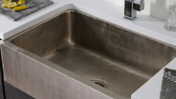 Thompson Traders New Hand-Hammered Stainless Steel Kitchen Sinks Create Versatility for Designers