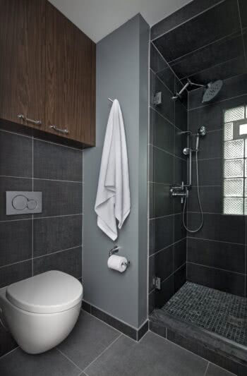 Bloomfield Hills, MI Home - How the Geberit In-Wall System Expanded Space and Possibilities in a Tiny Bathroom